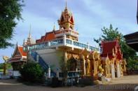 Wat Plai Laem pic 28